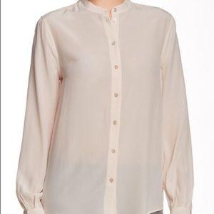 Equipment Femme Size Medium Silk Blush Blouse
